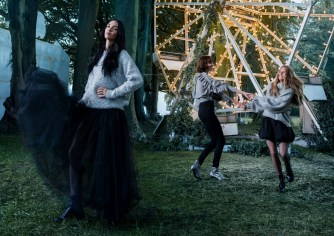 H-M-holiday-2017-ad-campaign-the-impression-06