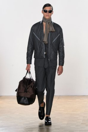 Hardy-Amies-spring-2016-mens-show-the-impression-06