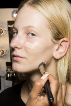 Holly-Fulton-beauty-spring-2016-fashion-show-the-impression-024