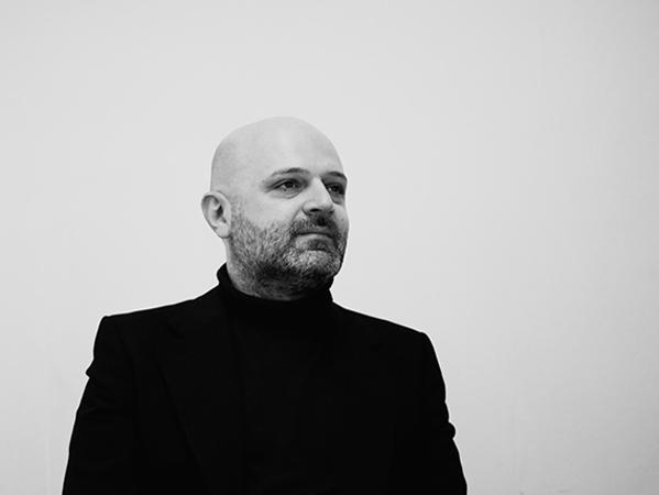 Hussein Chalayan designer photo