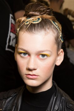 IM-Isola-Marras-spring-2016-beauty-fashion-show-the-impression-05