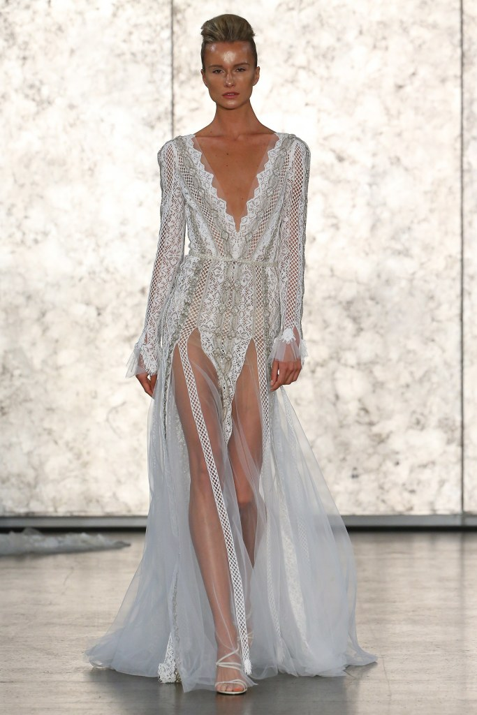 Inbal-Dror-fall-2016-bridal-fashion-show-the-impression-09