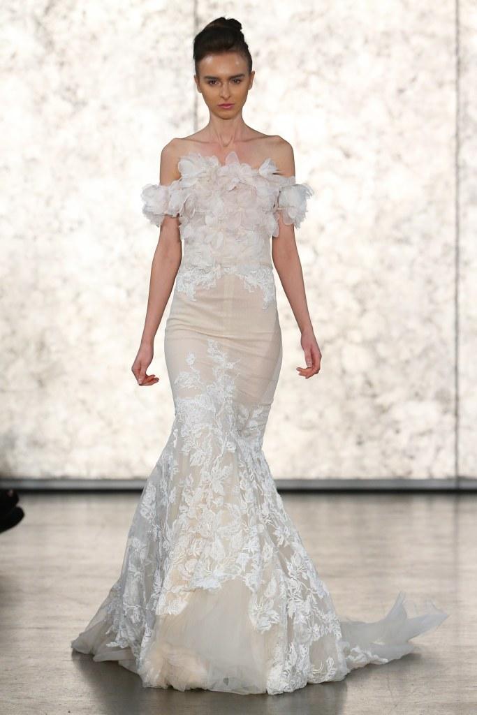 Inbal-Dror-fall-2016-bridal-fashion-show-the-impression-17