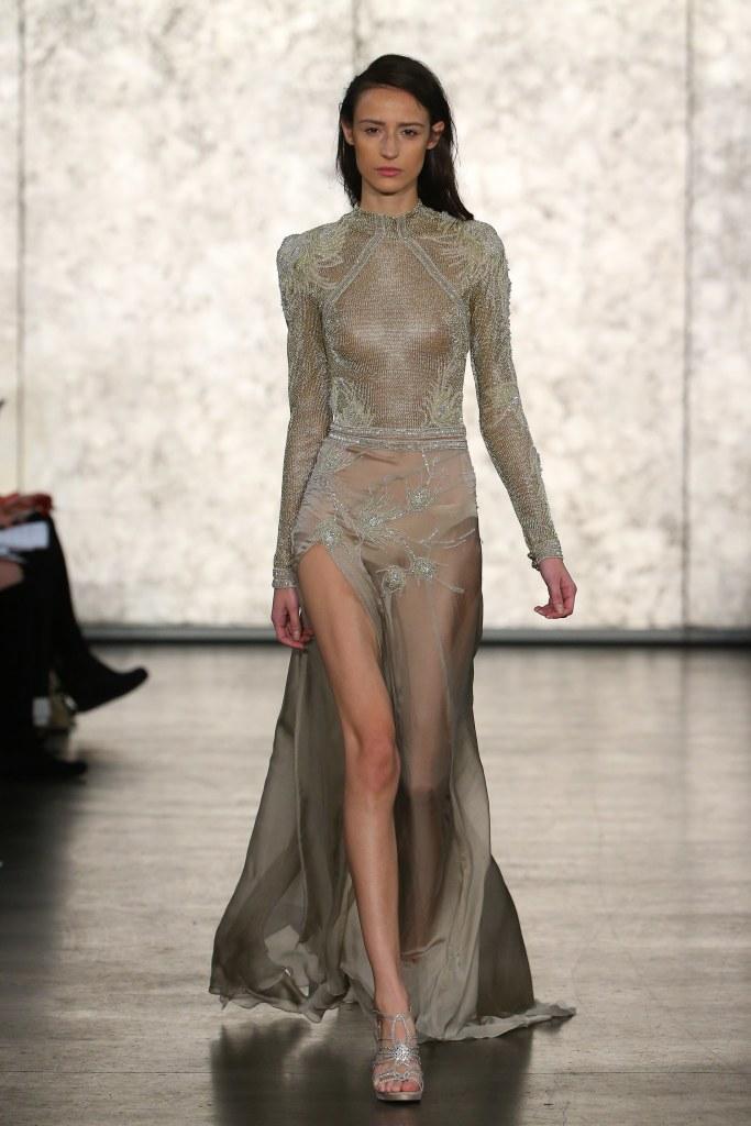 Inbal-Dror-fall-2016-bridal-fashion-show-the-impression-23