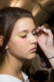 Issey-Miyake-spring-2016-beauty-fashion-show-the-impression-11