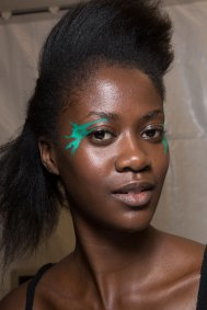 Issey-Miyake-spring-2016-beauty-fashion-show-the-impression-20