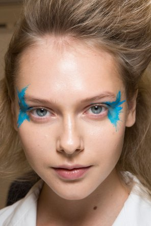 Issey-Miyake-spring-2016-beauty-fashion-show-the-impression-66