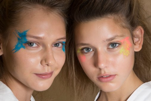 Issey-Miyake-spring-2016-beauty-fashion-show-the-impression-68