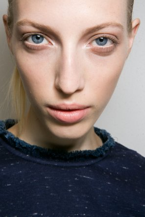 Jil-Sander-backstage-beauty-spring-2016-close-up-fashion-show-the-impression-020