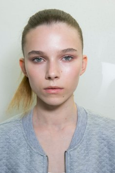Jil-Sander-backstage-beauty-spring-2016-close-up-fashion-show-the-impression-027