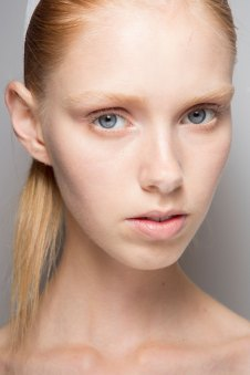 Jil-Sander-backstage-beauty-spring-2016-close-up-fashion-show-the-impression-042