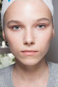 Jil-Sander-backstage-beauty-spring-2016-close-up-fashion-show-the-impression-046