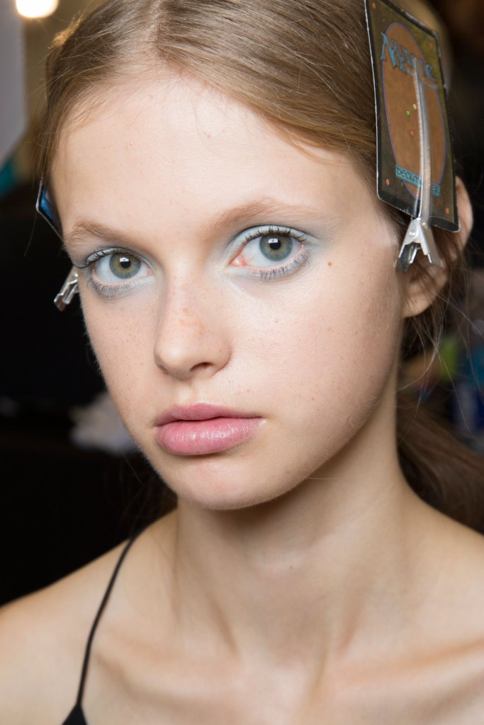 Jill-Stuart-backstage-beauty-spring-2016-fashion-show-the-impression-22