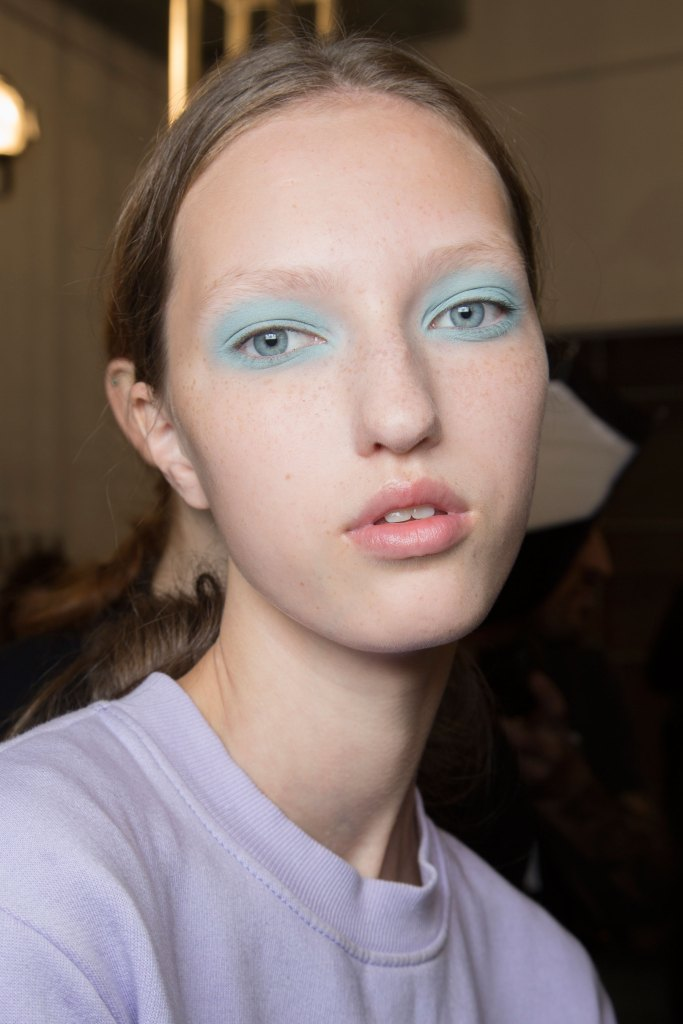 Jill-Stuart-backstage-beauty-spring-2016-fashion-show-the-impression-41