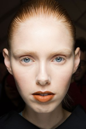 Kenzo-backstage-beauty-spring-2016-fashion-show-the-impression-019