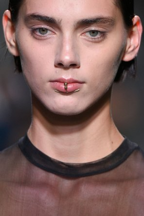 Lea-Peckre-spring-2016-runway-beauty-fashion-show-the-impression-24