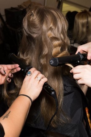 Lemaire-spring-2016-beauty-fashion-show-the-impression-04