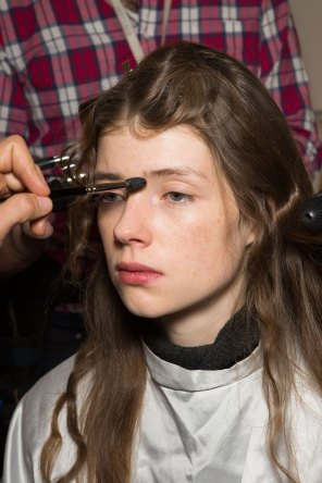 Lemaire-spring-2016-beauty-fashion-show-the-impression-07