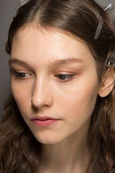 Lemaire-spring-2016-beauty-fashion-show-the-impression-30