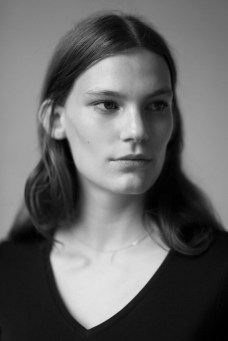 Lena Hardt model photo
