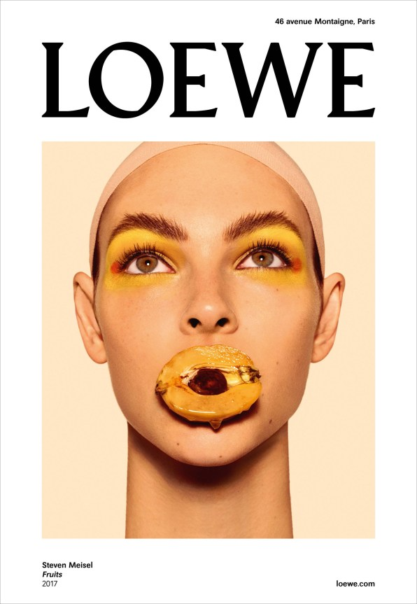 Loewe-spring-2018-ad-campaign-the-impression-05