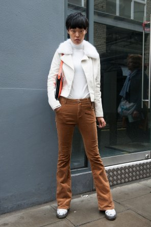 London-Fashion-Week-Street-Style-Day-1-spring-2016-the-impression-009