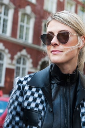 London-fashion-week-street-Style-Day-3-spring-2016-fashion-show-the-impression-069