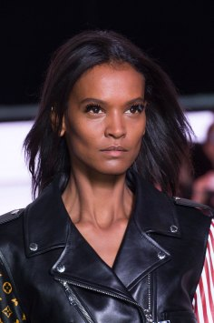 Louis-Vuitton-spring-2016-runway-beauty-fashion-show-the-impression-10