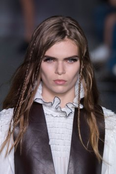 Louis-Vuitton-spring-2016-runway-beauty-fashion-show-the-impression-44