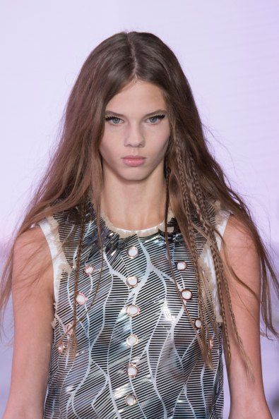 Louis-Vuitton-spring-2016-runway-beauty-fashion-show-the-impression-62