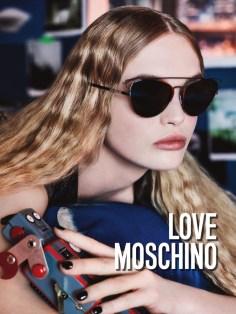Love-Moschino-Fall-Winter-2016-Campaign04