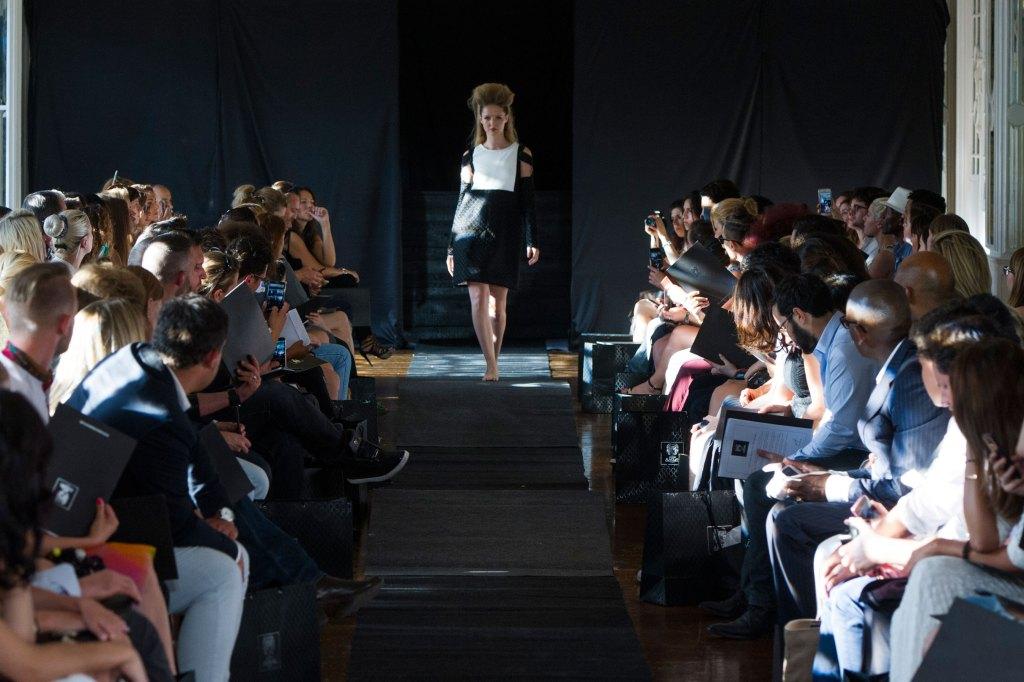 Maison-Anoufa-fall-2015-couture-show-the-impression-016