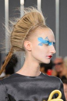Maison-Margiela-spring-2016-runway-beauty-fashion-show-the-impression-024