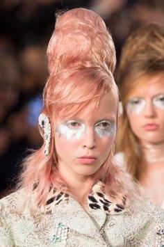 Maison-Margiela-spring-2016-runway-beauty-fashion-show-the-impression-061