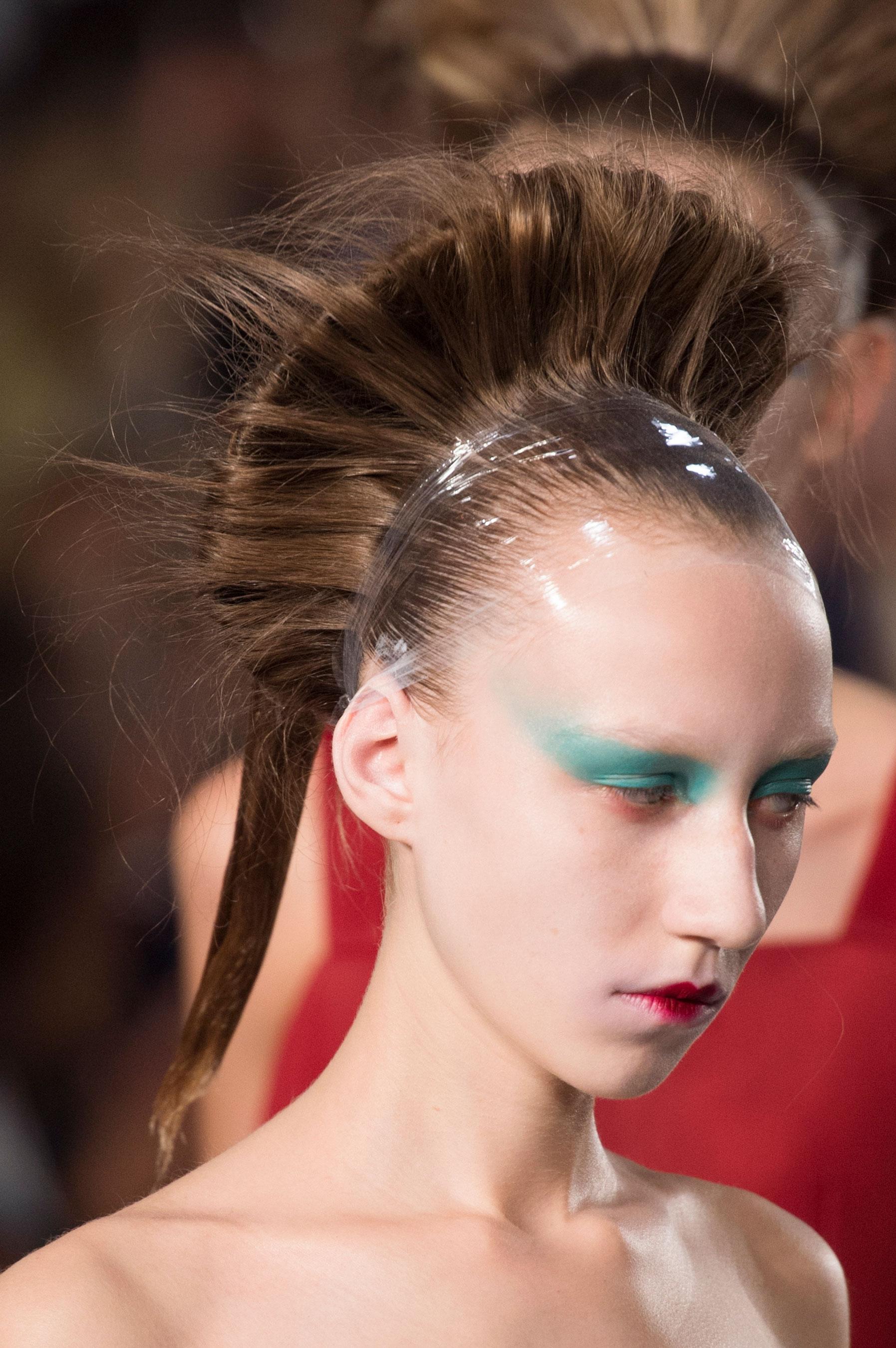 Maison-Margiela-spring-2016-runway-beauty-fashion-show-the-impression-092