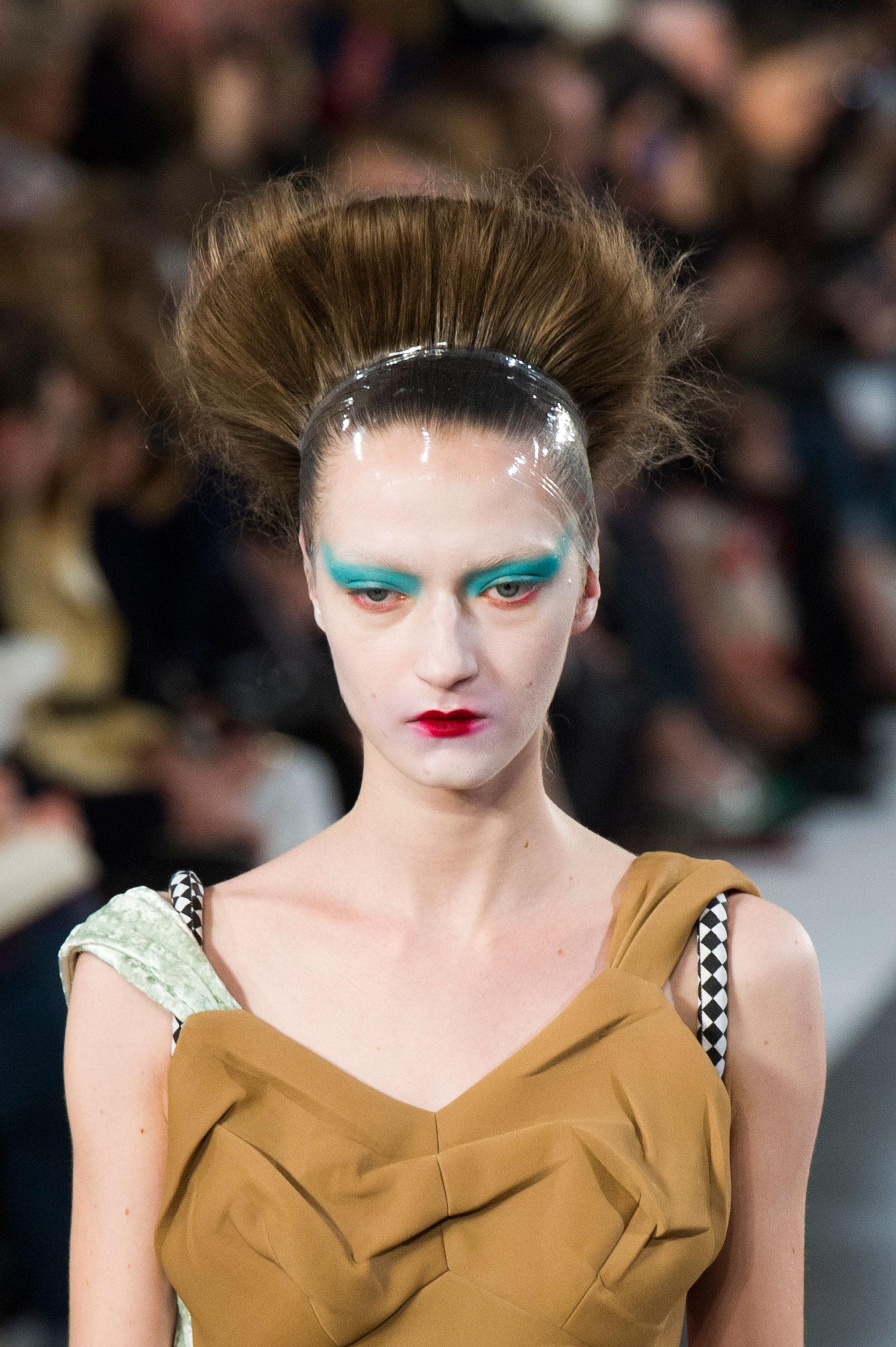 Maison-Margiela-spring-2016-runway-beauty-fashion-show-the-impression-103