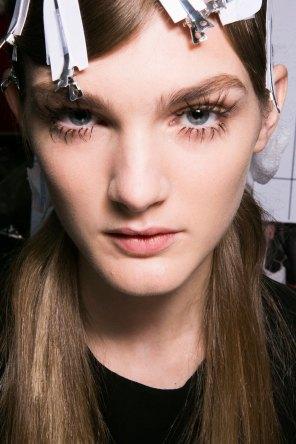 Marni-backstage-beauty-spring-2016-fashion-show-the-impression-024
