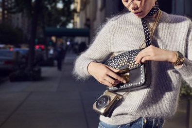 michael-kors-holiday-2016-ad-campaign-the-impression-03
