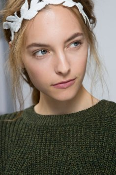 Moncler-Gamme-Rouge-spring-2016-beauty-fashion-show-the-impression-25
