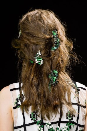Moncler-Gamme-Rouge-spring-2016-runway-beauty-fashion-show-the-impression-07