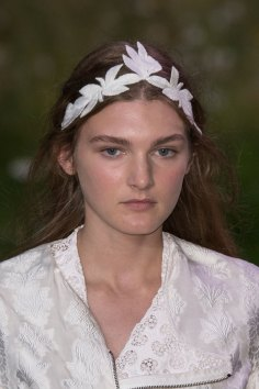 Moncler-Gamme-Rouge-spring-2016-runway-beauty-fashion-show-the-impression-12