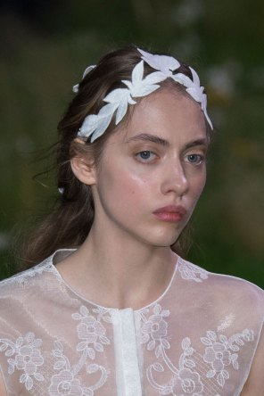 Moncler-Gamme-Rouge-spring-2016-runway-beauty-fashion-show-the-impression-16