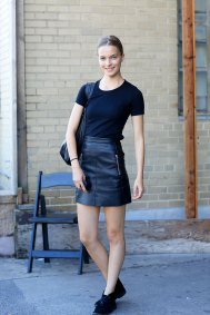 NEW-YORK-FASHION-WEEK-STREETS-STYLE-DAY5-spring-2016-fashion-show-the-impression-30