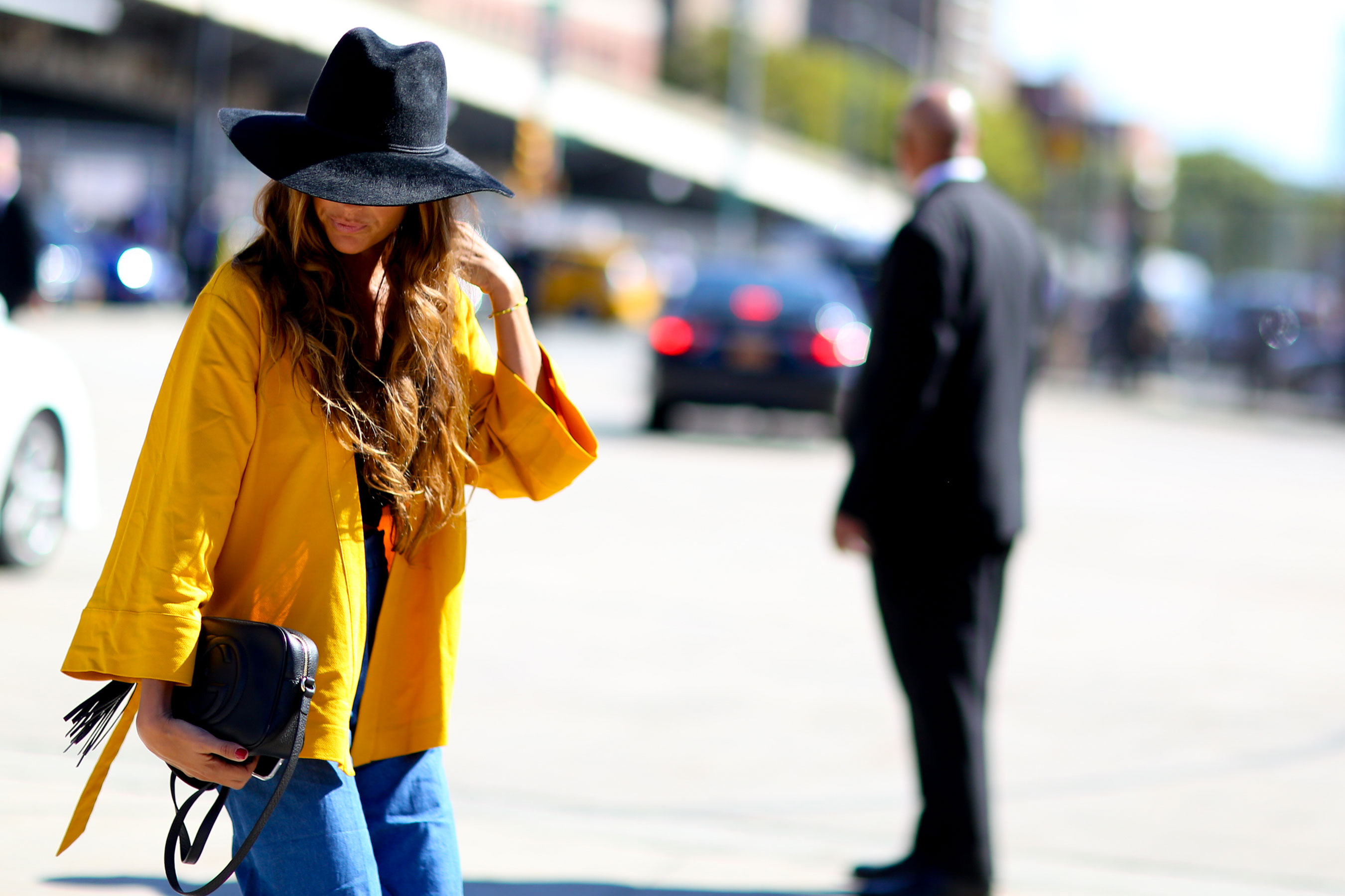 NEW-YORK-FASHION-WEEK-STREETS-STYLE-DAY5-spring-2016-fashion-show-the-impression-39