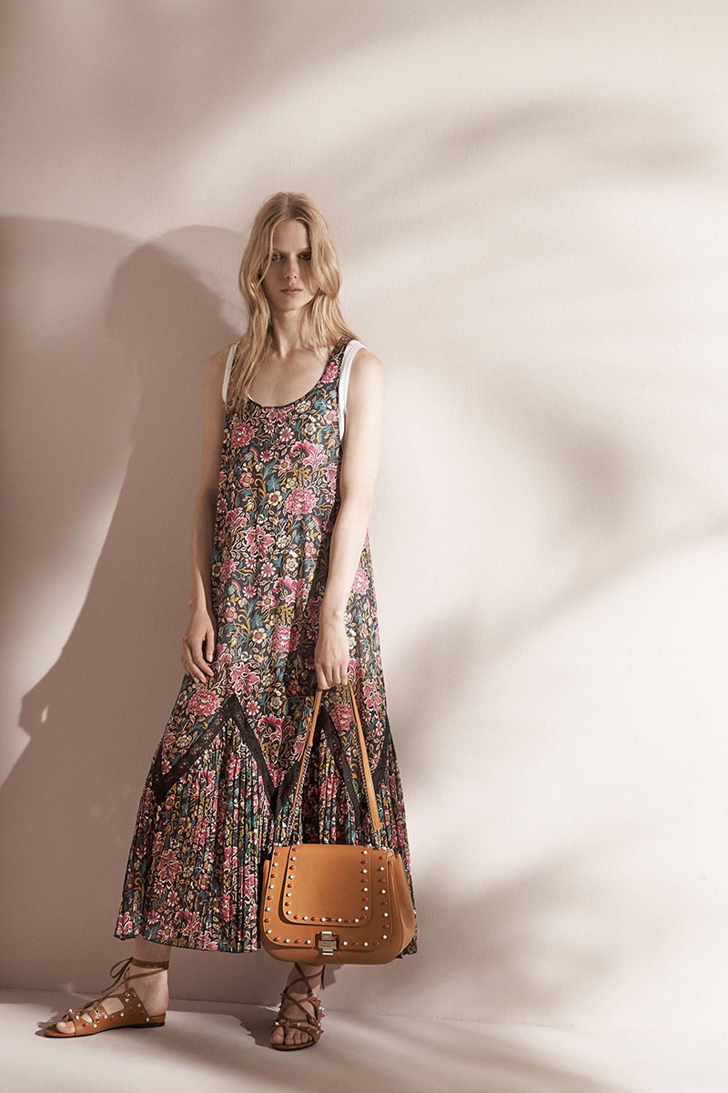 No-21-resort-2017-fashion-show-the-impression-30