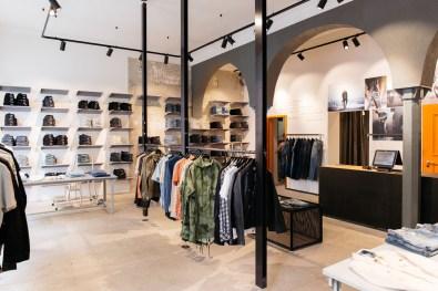 Nudie Jeans Repair Shop München (27 von 46)