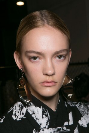 PROENZA-SCHOULER-beauty-spring-2016-fashion-show-the-impression-49
