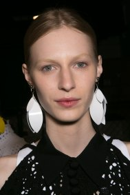 PROENZA-SCHOULER-beauty-spring-2016-fashion-show-the-impression-59