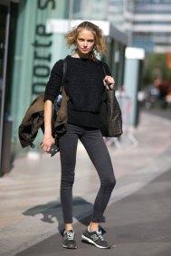 Paris-fashion-week-street-style-day-1-september-2015-the-impression-013