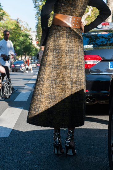 Paris-fashion-week-street-style-day-2-september-2015-the-impression-090
